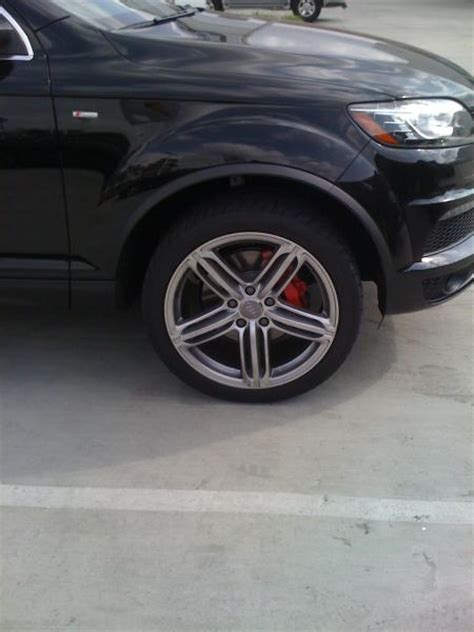 Q7 Sline with red brake calipers - AudiWorld Forums