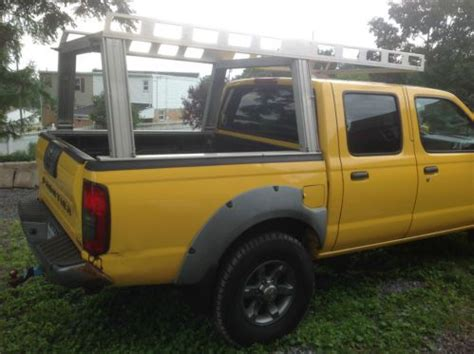 Purchase used 2001 Nissan Frontier SE Crew Cab Pickup 4