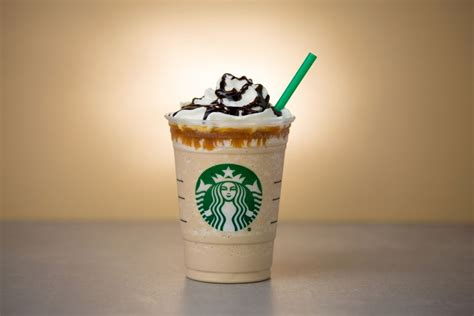 Starbucks, not Apple Pay, is the king of mobile payments