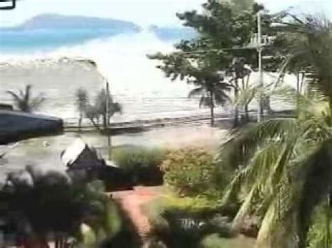 Thailand Wave Amateur camcorder footage of the 2004