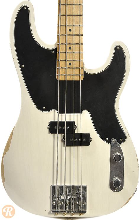 Fender Mike Dirnt Road Worn Precision Bass Rosewood White