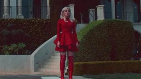 The red dress of Bebe Rexha in the clip In The Name Of