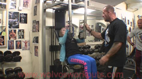 Chest At Temple Gym With Dorian Yates - YouTube