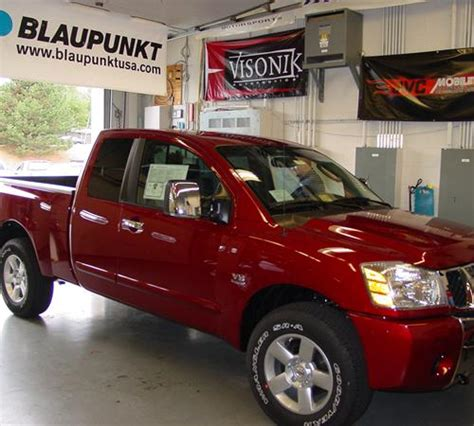 2011 Nissan Titan - find speakers, stereos, and dash kits