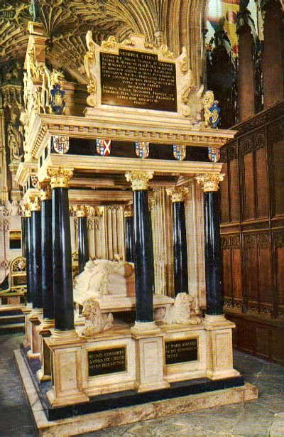 Queen Elizabeth I - Tomb at Westminster Abbey