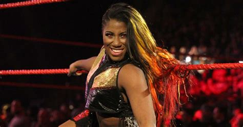 Ember Moon's Husband Called Out Nia Jax During Raw Main Event