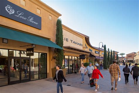 About Desert Hills Premium Outlets® - A Shopping Center in