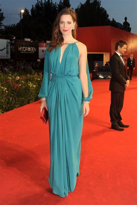 Rebecca Hall Height, Age, Husband, Net Worth, Mother, Parents