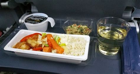 norwegian airlines meal review