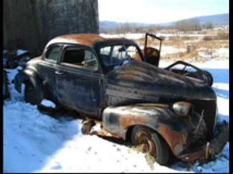 Rusty Car Holiday Song! - YouTube