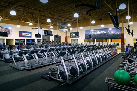 24 Hour Fitness Building Design | Think Architecture