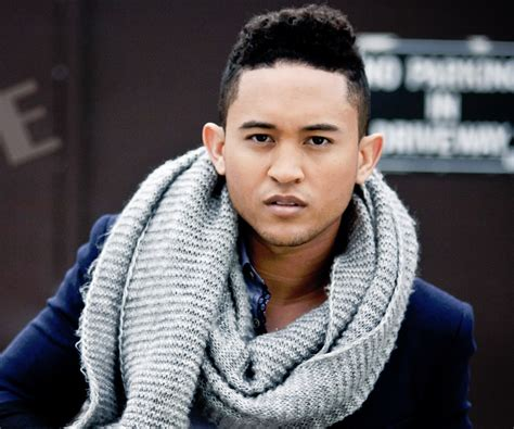 Tahj Mowry Biography - Facts, Childhood, Family Life